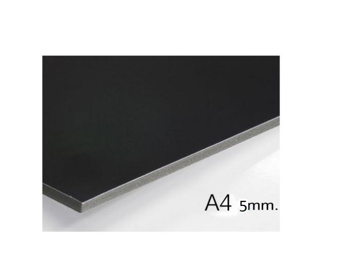 Plancha de cartón pluma negro A4 con grosor de 5 mm